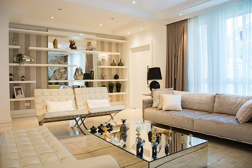 Има ли бюджетни решения при мебелите и ако да, къде да ги открием?
