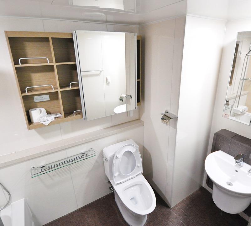 Съвети от kanaltehnik.com за решения при запушване на тоалетна